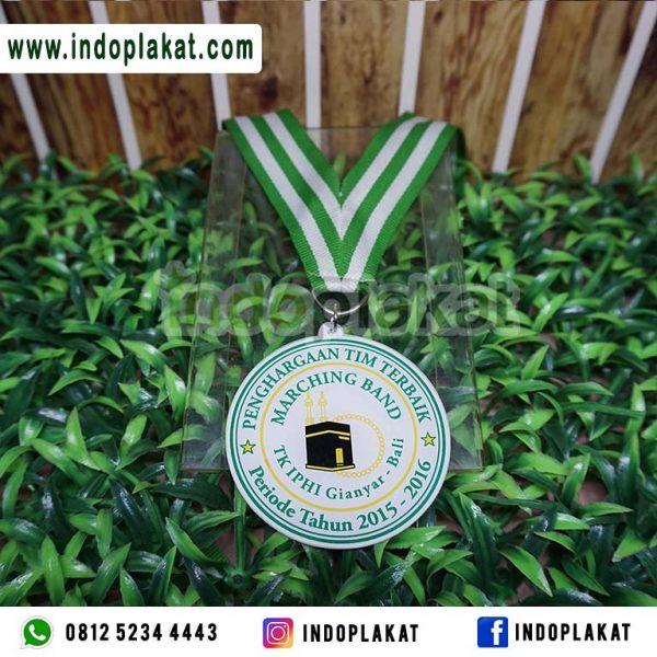 Jasa Pembuatan Medali Wisuda Akrilik Murah Untuk TK