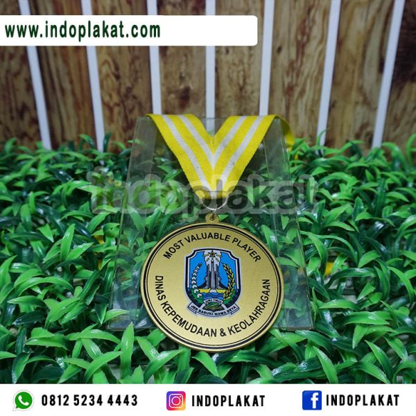 Medali-Kejuaraan-Akrilik-Murah-Surabaya