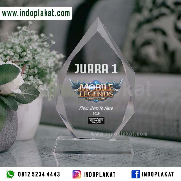Pusat Jual Plakat akrilik Eksklusif Bevel Peges Murah Plakat Juara Turnamen Mobile Legend