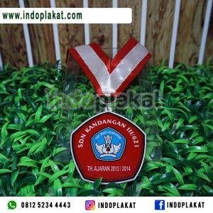 Jasa Pembuatan Medali Costume Harga Terbaik Toko-Pembuatan-Medali-SD-Murah-Di-Surabaya