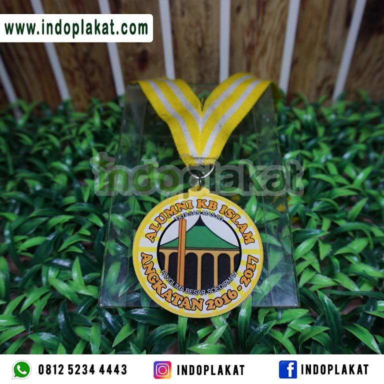 Jasa Cetak Medali Wisuda Di Nganjuk