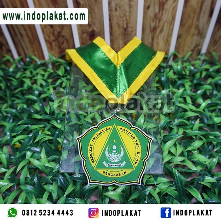 costume-medali-bangkalan-madura