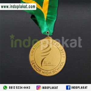 Jasa Pembuatan Medali Costume Harga Terbaik Kuningan Murah Wisuda Lomba Kejuaraan medali Emas Medali Logam