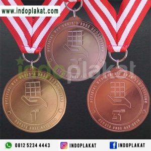 Jasa Pembuatan Medali Costume Harga Terbaik Buat Medali Murah Medali Kejuaraan Olah Raga Medali Penghargaan Medali Emas Medali Perak Medali Perunggu Jual Medali Murah Jual Medali Wisuda Pesan Medali Jual Medali Bikin Medali