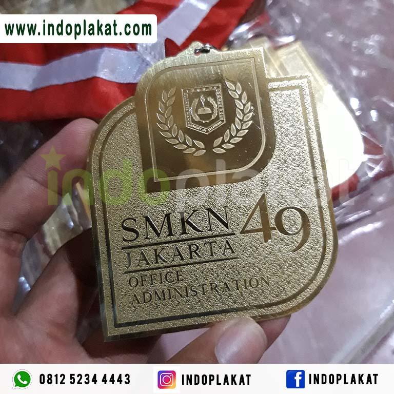 Jual Medali Wisuda SD SMP SMA SMK Murah Jakarta Depok Bogorr Tangerang Banten Bandung