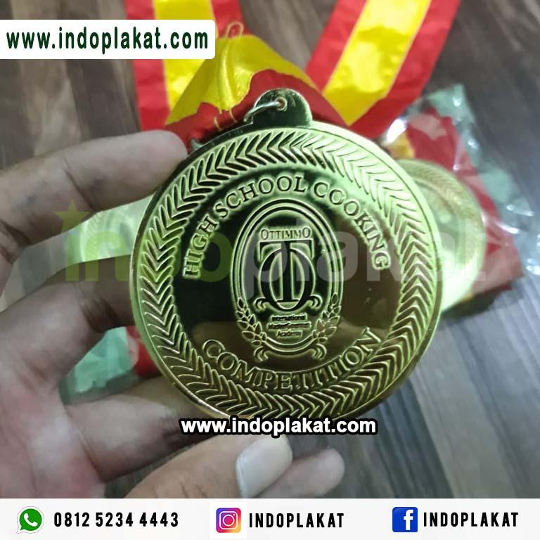 Medali-Kuningan-Lomba-Masak-Chef-Menari-Dance-Band-Kejuaraan-Murah-Surabaya