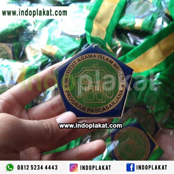 Medali wisuda Mahasiswa Kuningan Murah Pontianak Makassar Medan Samarinda