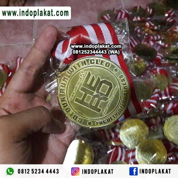 Pusat Jual Medali Kuningan Untuk Lomba Lari Run Murah Kejuaraan Surabaya Aceh Padang Bengkulu Berau Kalimantan Sumatra