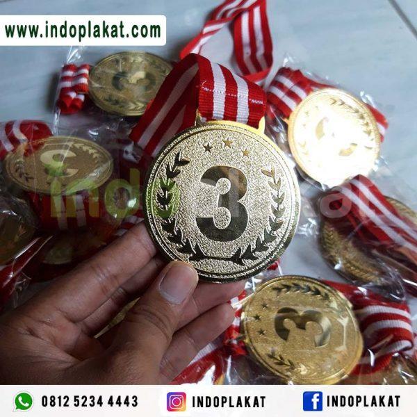 Pusat Jual Medali Wisuda Murah Surabaya Gresik Lamongan Semarang Solo Jogja Magelang Sidoarjo Malang