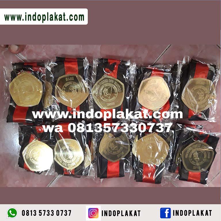 Pusat Jual Medali Wisuda Murah Surabaya Gresik Lamongan Semarang Solo Jogja Magelang Sidoarjo